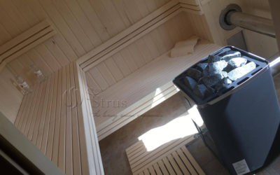 Sauna s peći na drva u kući za odmor